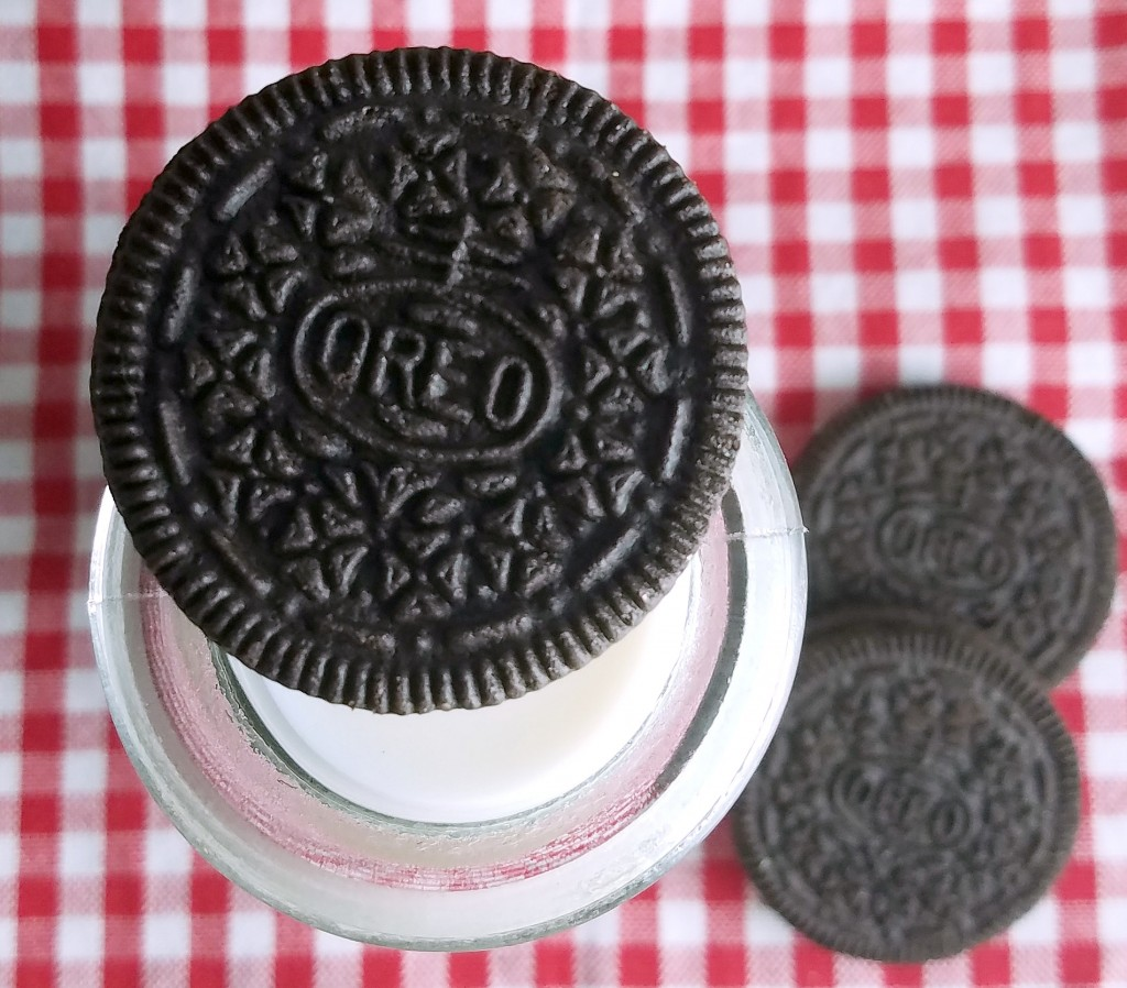 Take The OREO Cookies Dunk Challenge