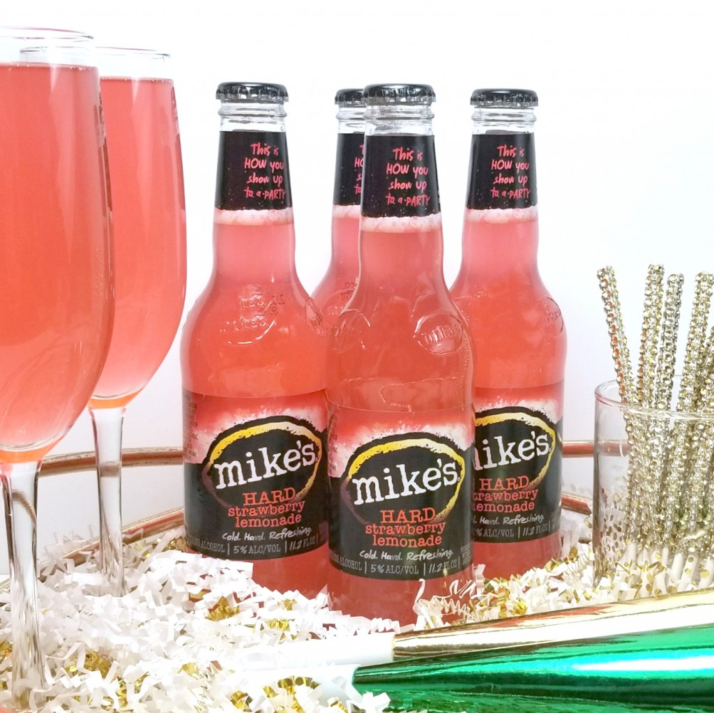 Brighten Up Your New Year's Eve Celebration With Strawberry Lemonade Champagne