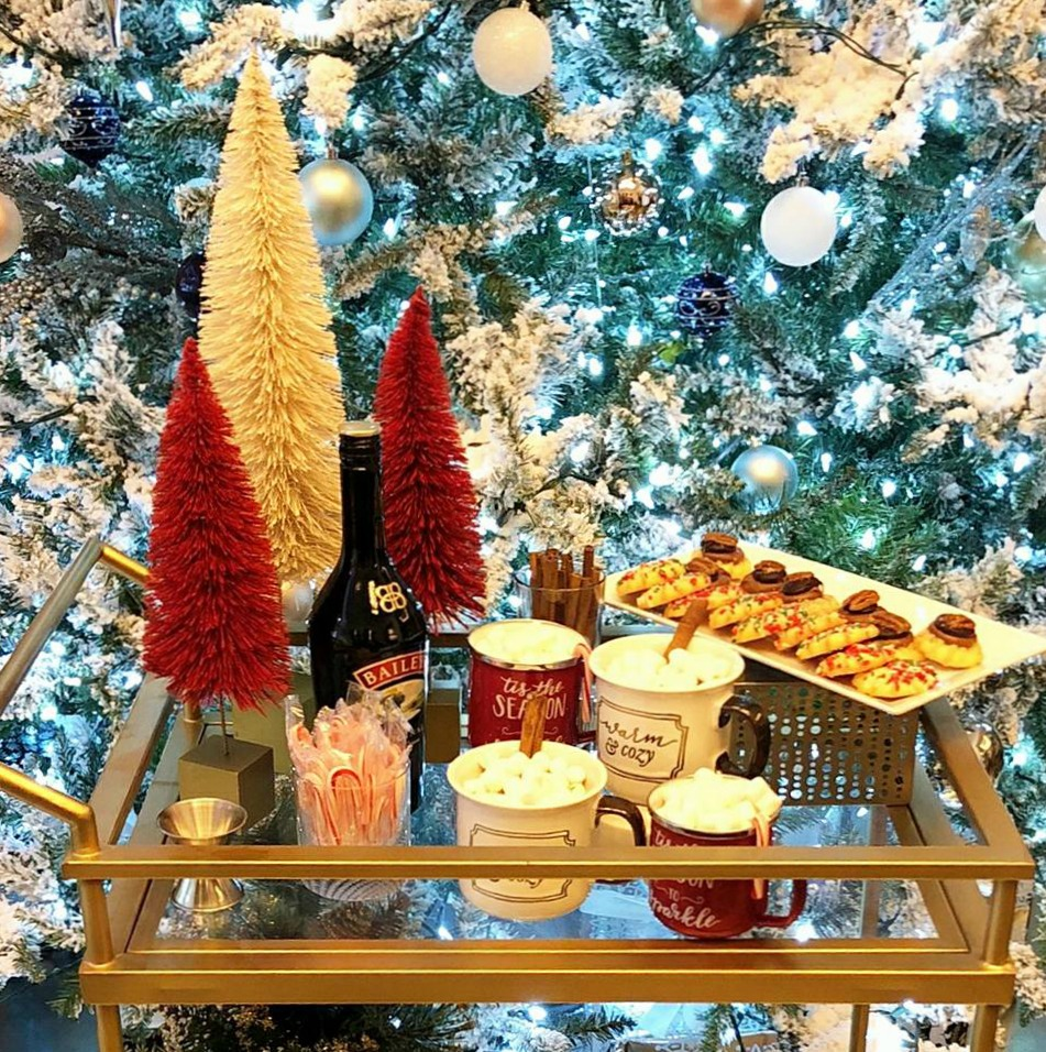 Kinzie Hotel Brings The Holidays To Their Guests With The Holiday North Pole Express Package